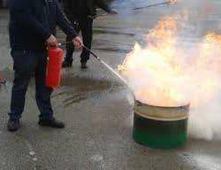 הדרכת כיבוי אש לעובדים